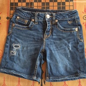 Justice jean shorts size 8